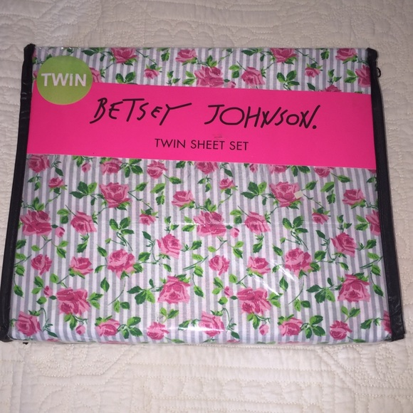 Betsey Johnson Other - Betsey Johnson Twin Sheets Stripes and Roses